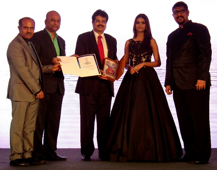 MFU awarded as India's Most Promising Brand 2016